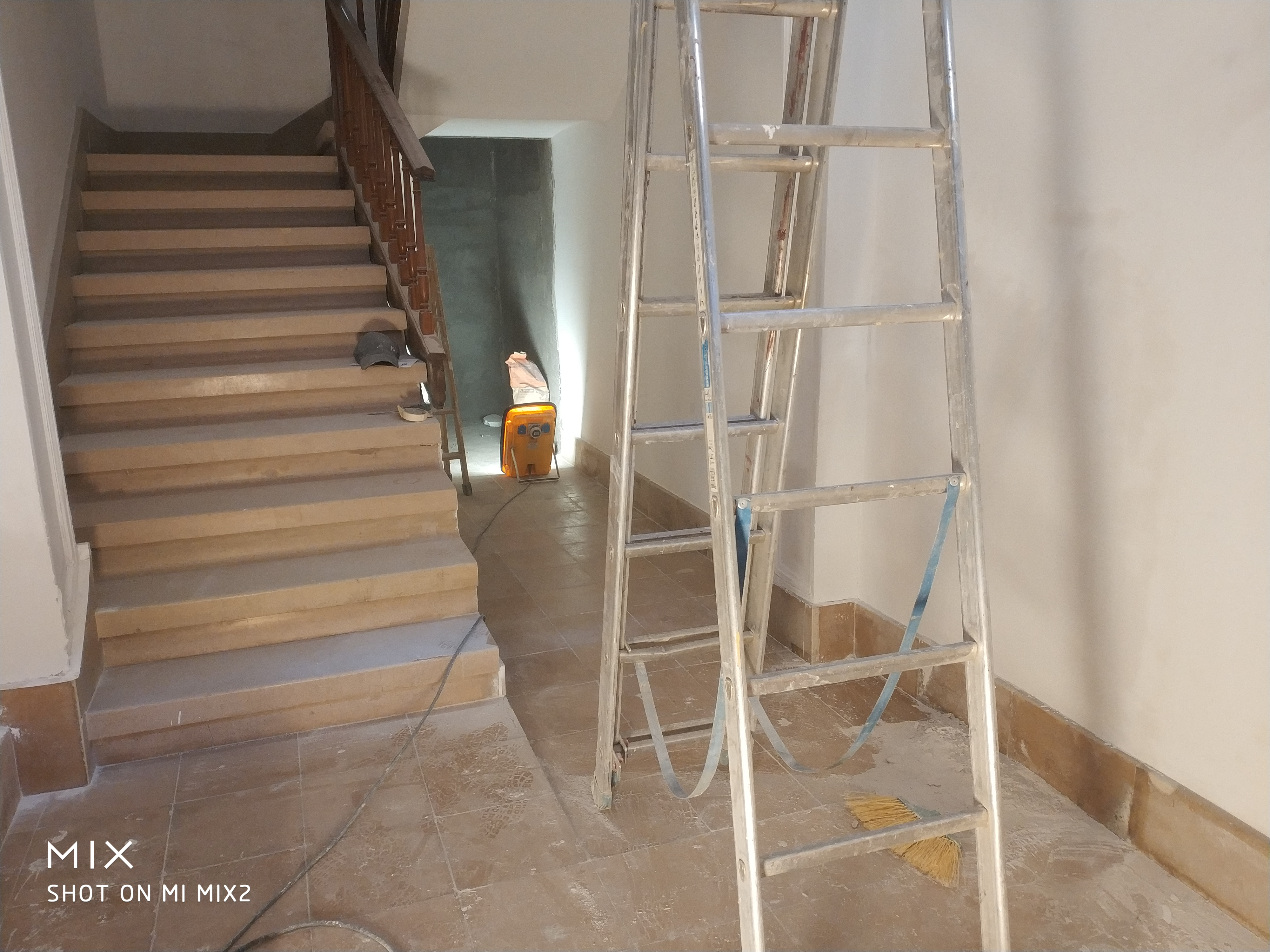 Colocación de un ascensor Empresa de reformas en Cornellà de Llobregat